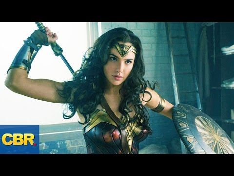10 Sexiest Costumes in Superhero Movies