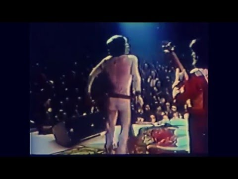 The Rolling Stones - Jumpin Jack Flash 1972 Live version