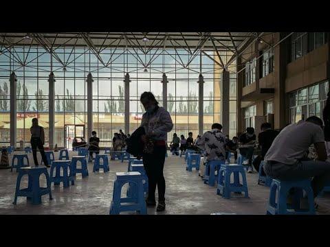 الصين تستغل العمّال الإيغور وتقصّر بحق مواطنيها  - نشر قبل 10 ساعة