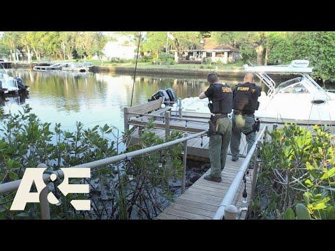 Download Live PD: Get Off My Dock, Bro (Season 2) | A&E