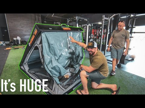 big-country-penthouse-xl-rooftop-tent- -rugged-bound