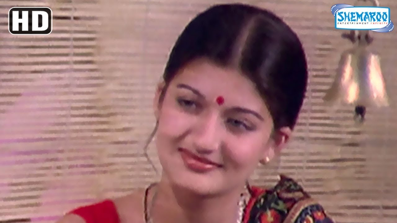 Download Romantic Scenes from classic Hindi movie Griha Parvesh - Sanjeev Kumar - Sharmila Tagore - Sarika