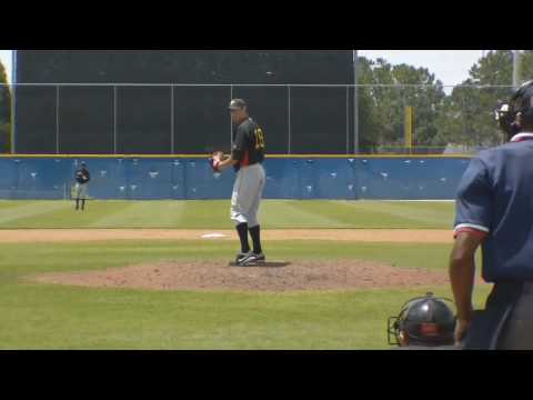 Holden Pitching4