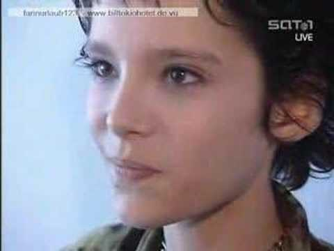 bill from tokio hotel at a interview 2001
