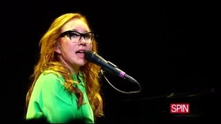Tori Amos @ Rough Trade NYC: Parasol / Trouble's Lament / Selkie