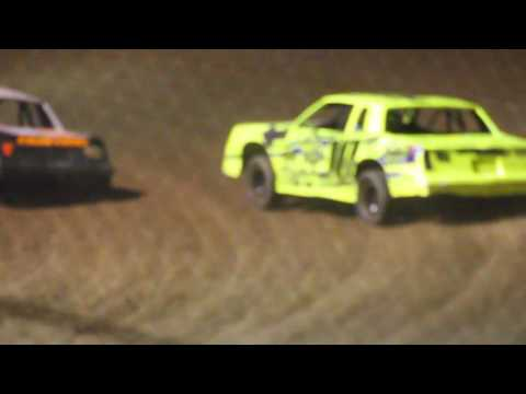 MVI 1234 STUART SPEEDWAY 7/31/2016  STOCK CAR FEATURE