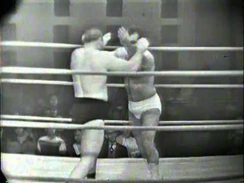 MIGUEL PEREZ vs TONY NEWBERRY 1966 Wrestling