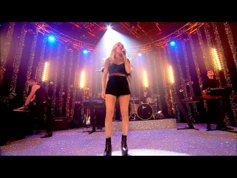 Ellie Goulding - Burn (Live on Top Of The Pops New Years)
