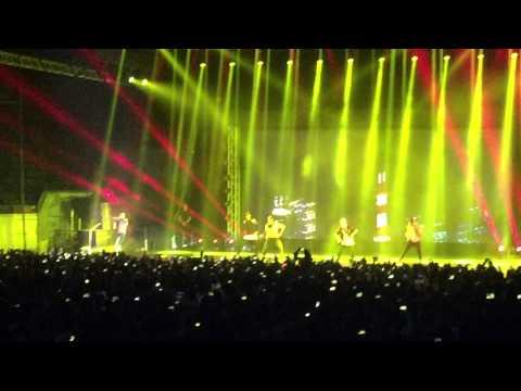 """Loyal' - Chris Brown Live in Manila 2015"