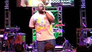 Biz Markie - Just a Friend (Live at Heineken Red Star Show in NYC - 10-16-09)