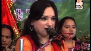 Man Mor Bani Thangat Kare - Sangeeta Labadiya - Santvani - Rajkot Live