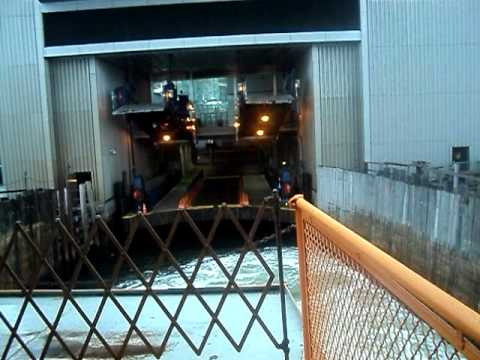Staten Island Ferry Perfect Docking At Whitehall Street Ferry Terminal