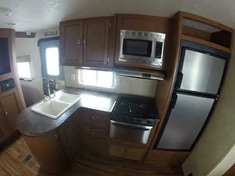 "incredible  :like new"" trade in of Salem 30QBSS at HITCH RV Milford"