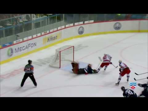 Фантастический сэйв Бэрри Браста / Barry Brust Makes A Brilliant Save In His KHL Debut Game