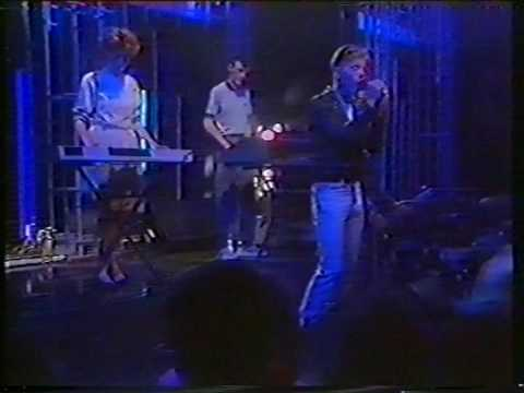 New Order - Thieves Live Us (TOTP 1984)