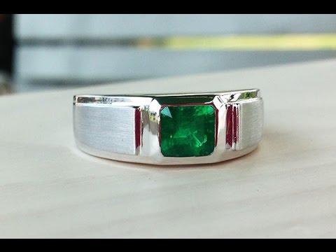 0 93 carat Vivid Green Colombian Emerald Men s 18K White Gold Ring
