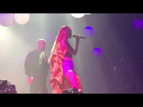 Drake & Rihanna - Too Good (OVO FEST 2016)