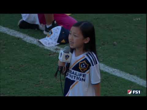 Kat Jackson - 7yr Old Sings National Anthem Like Seasoned Pro