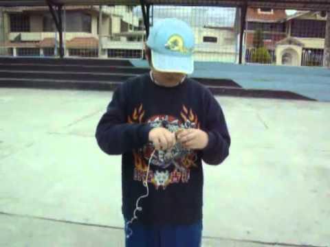 El Trompo Juego Popular Del Ecuador Youtube