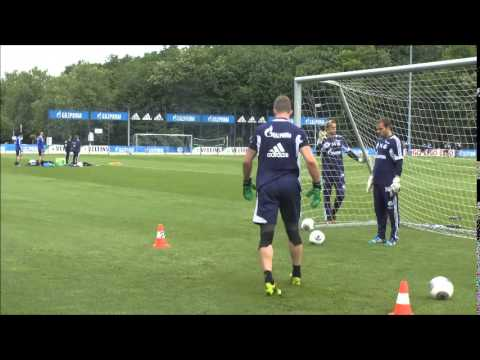 Schalke Training 6 May 2014