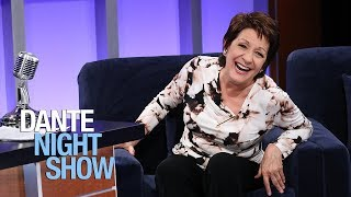"La gran Ivonne Coll interpreta a la abuela muy a su manera en ""Jane the virgin"" - Dante Night Show"