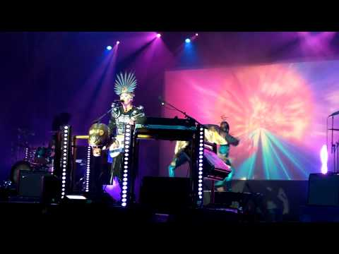 Empire Of The Sun  Standing On The Shore    at Eurockéennes 2010  HD 1080pMOV