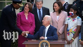 Biden and Harris honor officers who protected the Capitol on Jan. 6