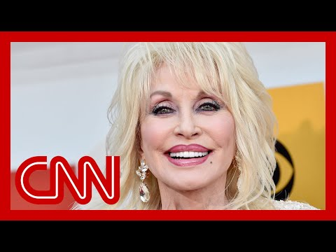 The Secrets behind Dolly Parton's Unmistakable Look