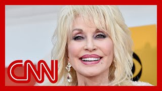 The secret behind Dolly Parton's unmistakable look