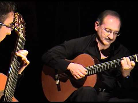 Hugo Blanco - Moliendo Café(Beni Baute's version) played on the requinto by Luis Alejandro García.