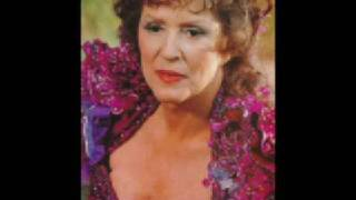 Majel Barrett-Roddenberry - Tribute to a greate Dame