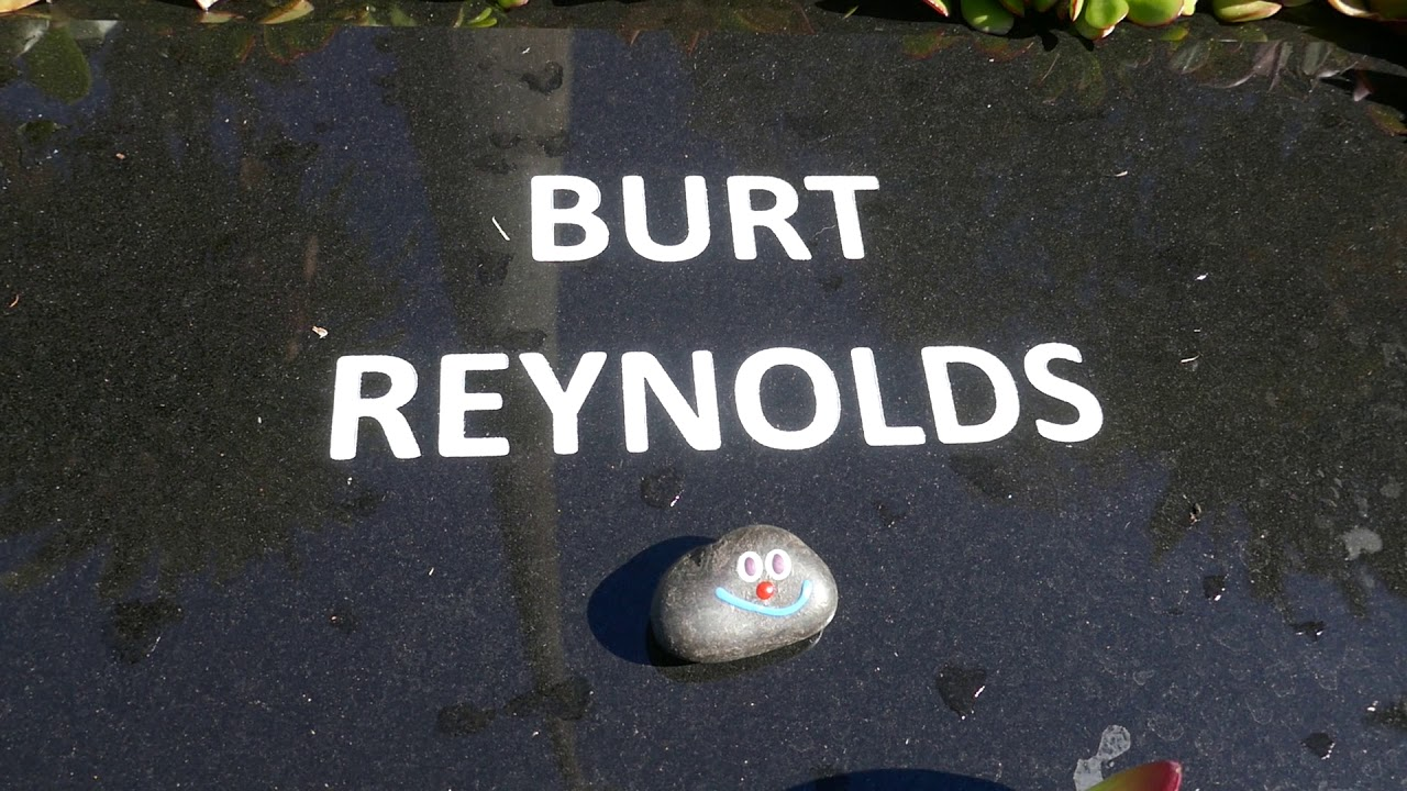 Burt Reynolds laid to rest at the Hollywood Forever Cemetery after 2 ...
