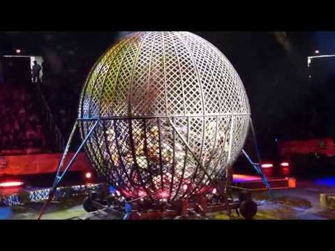 Ringling Brothers - Dragons: 8 motorcycles in a 16-foot steel sphere.
