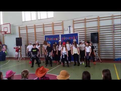 4 klasa podstawówki spiewa piosenkę OTSOCHODZI - Nie, Nie. [ORYGINALNY DZWIEK OPIS]