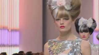 Chanel ➤ Haute Couture Spring/Summer 2010 (Full HD)