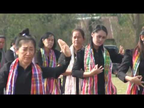 มุมสูง การแสดงของชาวตำบลนาจาน อำเภอสีชมพู ขอนแก่น ๒๕๖๐