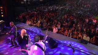 Ringo Starr - Live at the Greek Theatre - 9. Pick Up the Pieces (Hamish Stuart)