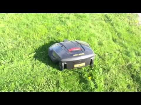 Husqvarna Automower 265 ACX - YouTube