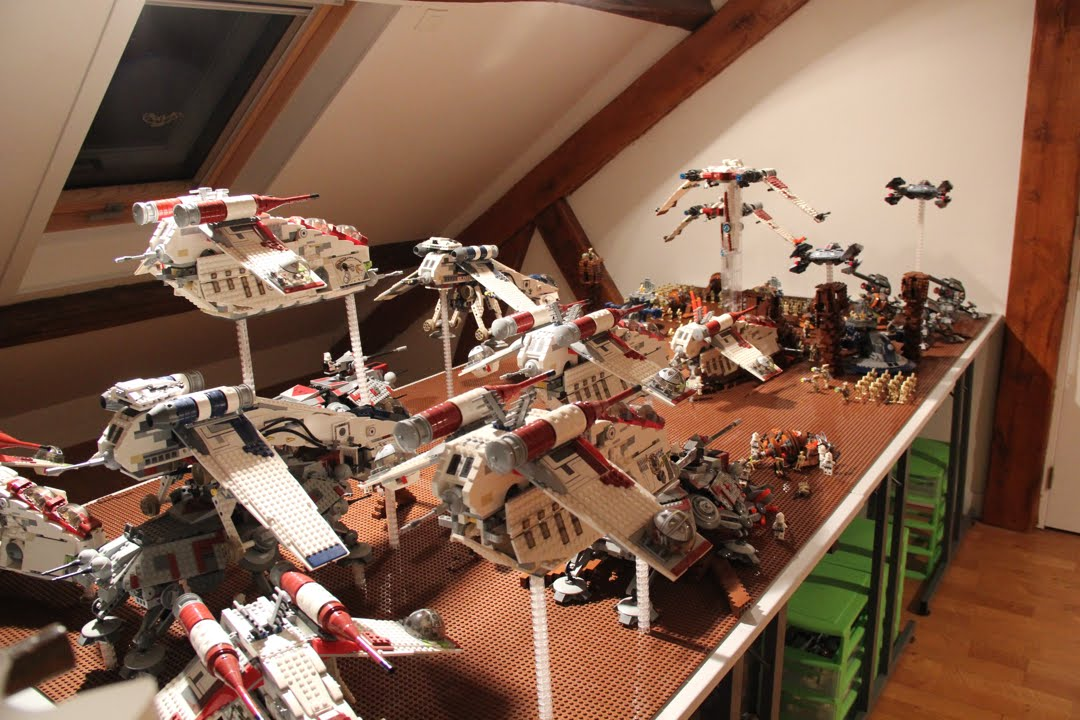 LEGO Star Wars - Second Invasion of Geonosis - HD - HUGE - YouTube