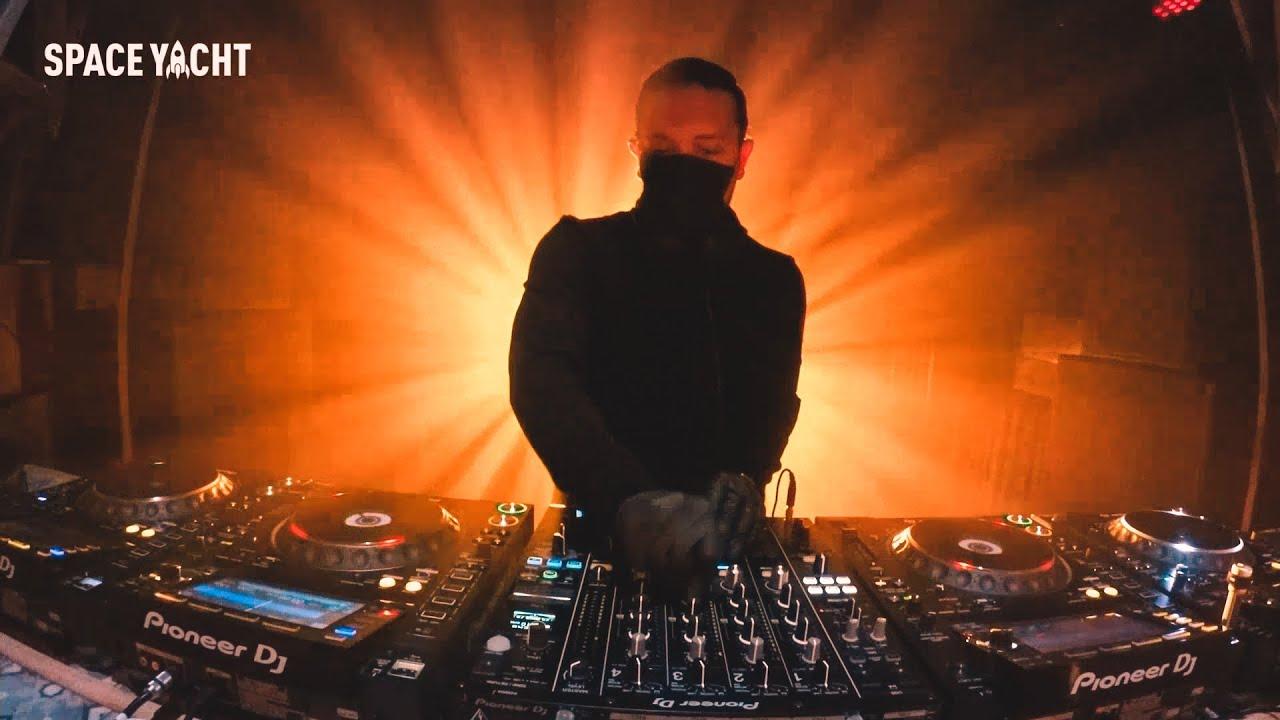 Sak Noel Live DJ Mix Cinco de Mayo - Space Yacht Los Angeles