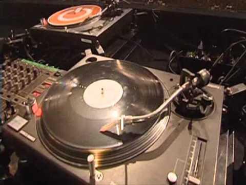 """""""mega mix"""" house music commerciale estate 2011 2012(1 parte)"""