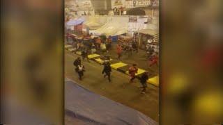 شاهد | فرحة المتظاهرين في ساحة التحرير لحظة سماعهم نبأ مقتل قاسم سليماني