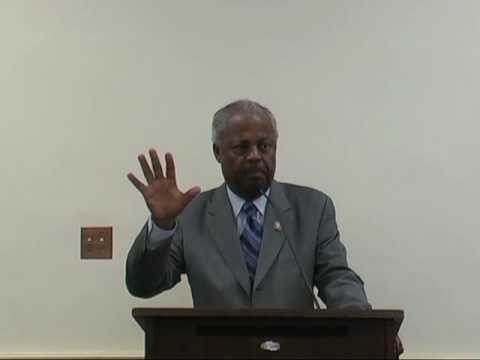 Congressman Donald M. Payne Recieves AAUP
