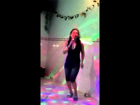 Karaoke om phu yen