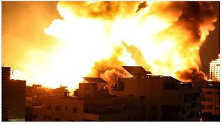 Israeli Aircraft And Warships Continue To Bomb Gaza Happening Now