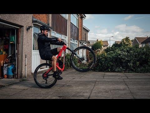 20c313c4003e3 Cycling Clothing | Bike Helmets & Accessories | Endura