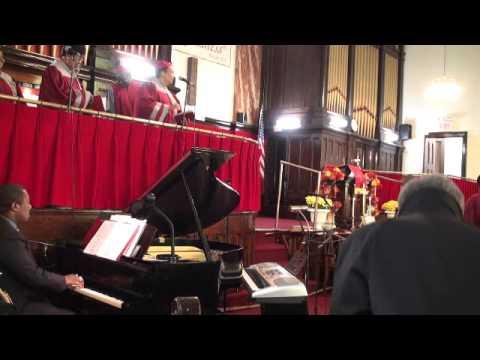 Chris Fleischer, Piano- Around The Throne