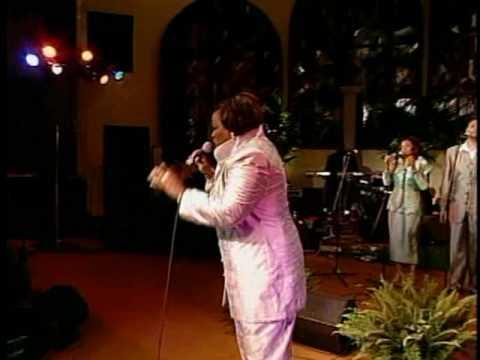 Kurt Carr & The Kurt Carr Singers - For Every Mountain