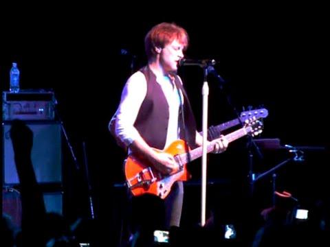 Jon Bon Jovi - Live in Sayreville, NJ 2009
