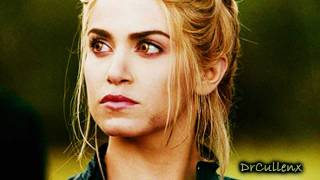 Rosalie Hale (Fucking Perfect)